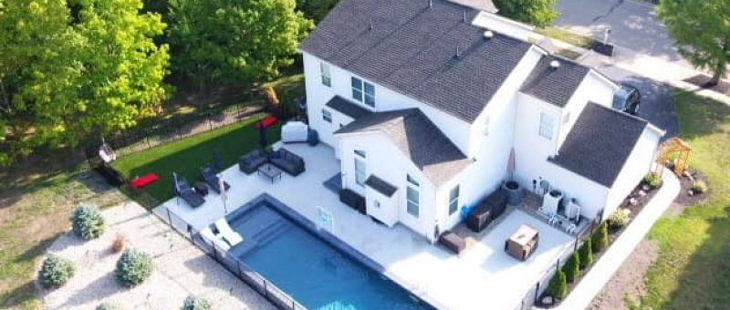 Has anyone put artificial grass or turf around their pool? Any problems or pros and cons ? Pool pictures